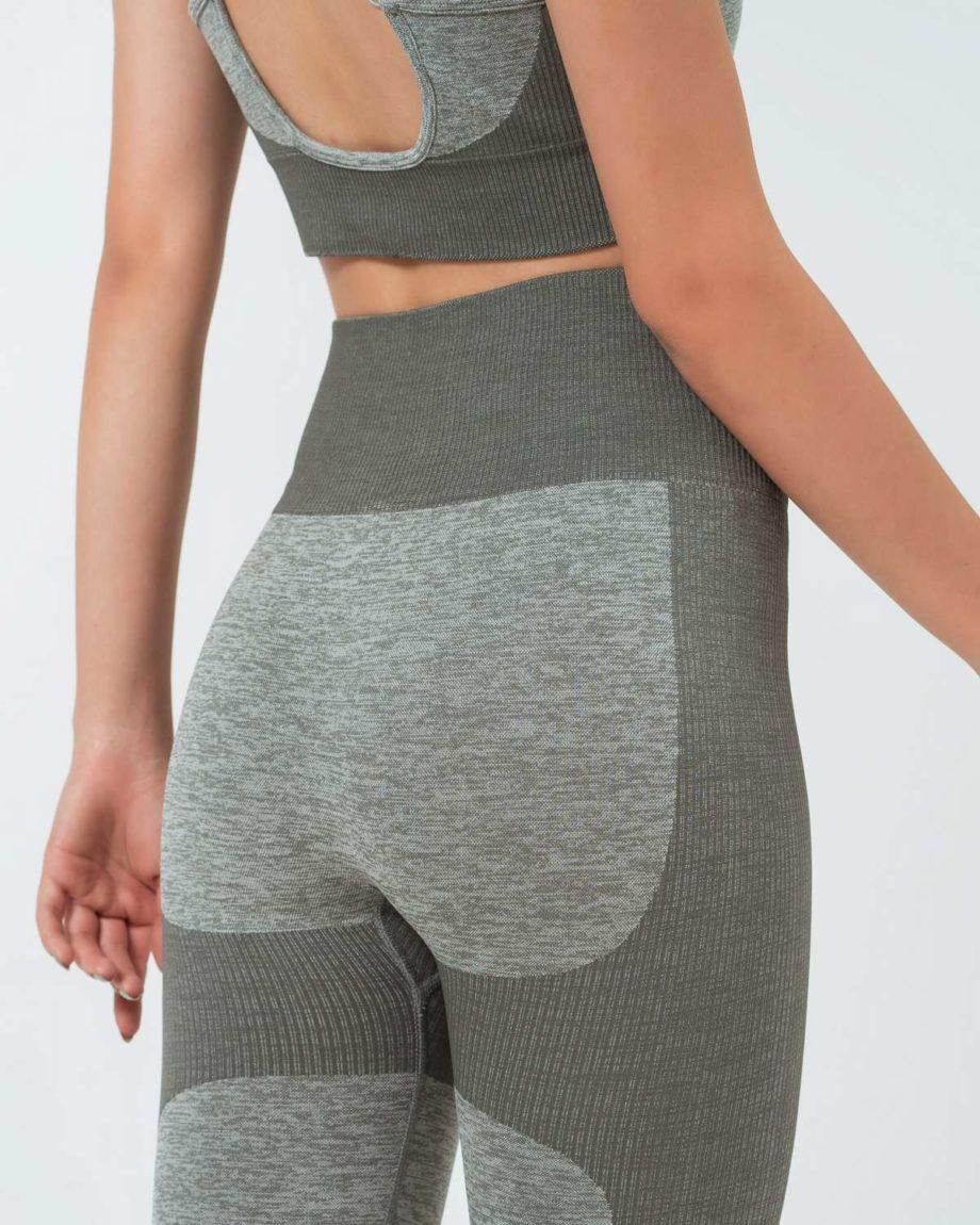 leggins deportivos gris