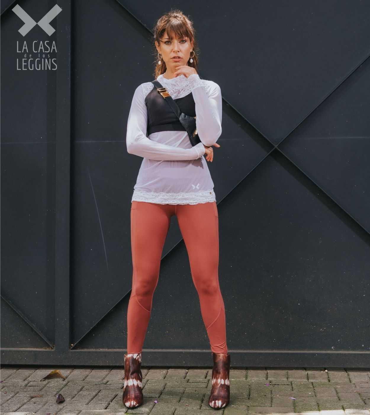 combinar leggins y zapatos